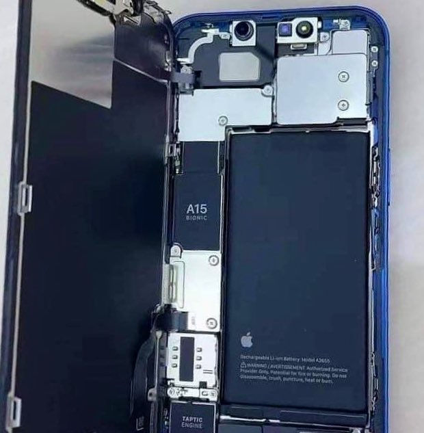 first look at the iphone 13 internals
